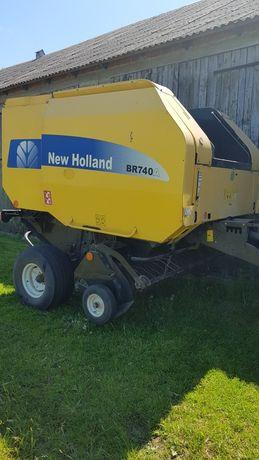 New Holland br740A (prasa claas 255 sipma )