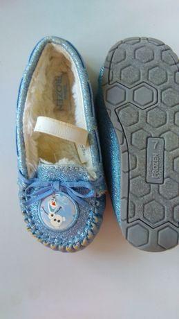 Кроссовки , туфельки,на девочку