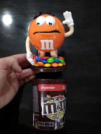 Boneco raro da M&M's laranja