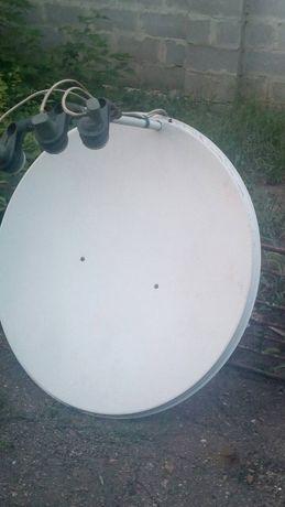 спутниковая антенна с тюнером пультом и штативом