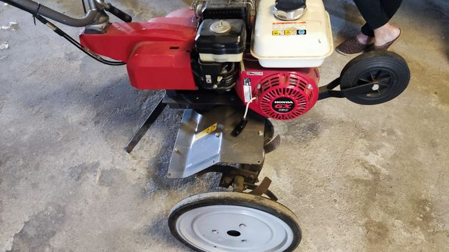 Motoenxada motor Honda Gx 160