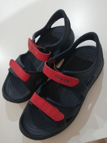 Crocs sandały C13
