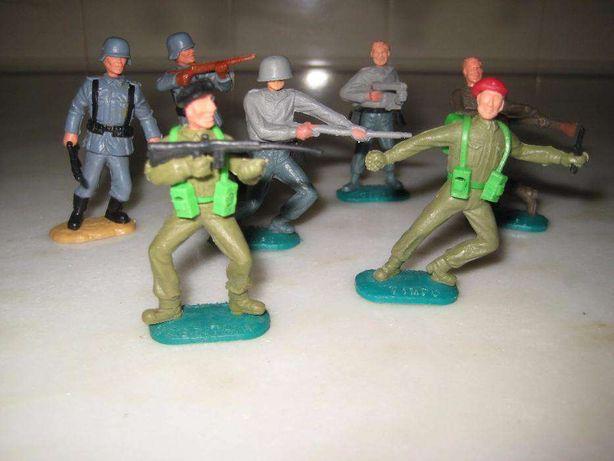7 soldados Timpo toys déc.1960