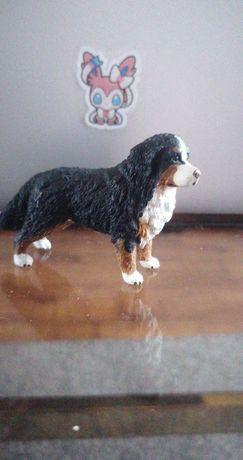 Pies bernenski schleich