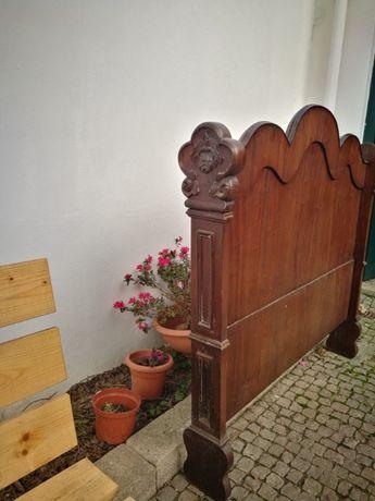 Cama em madeira Mogno vintage