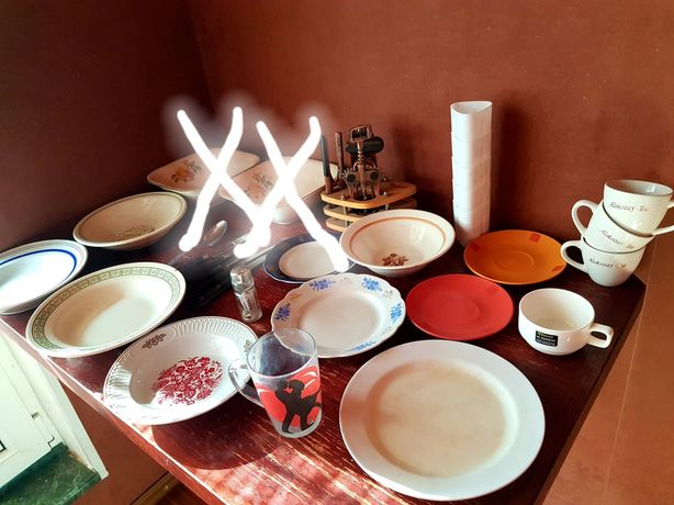 Посуда.Остались только тарелки. 50грн.за все