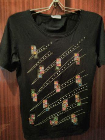 Блуза - футболка черного цвета разм. 50