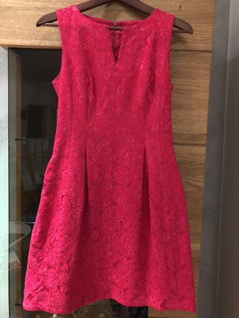 Śliczna malinowa sukienka Mohito 36