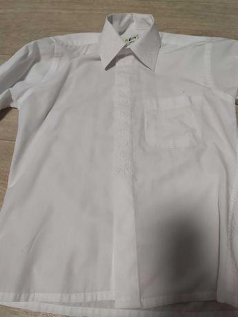 Рубашка на мальчика 6-7 лет с украинской вышивкой