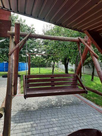 Duża huśtawka ogrodowa z bali