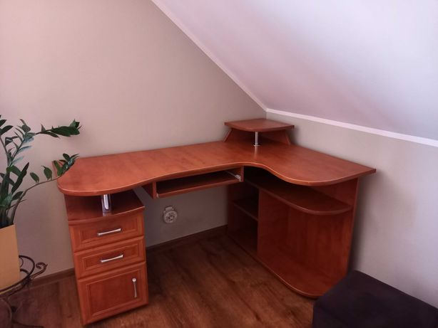 Komplet mebli (szafa,komoda,biurko)