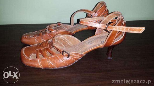 Sprzedam ładne buciki damskie