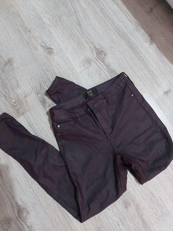 Spodnie woskowane Eko skóra
