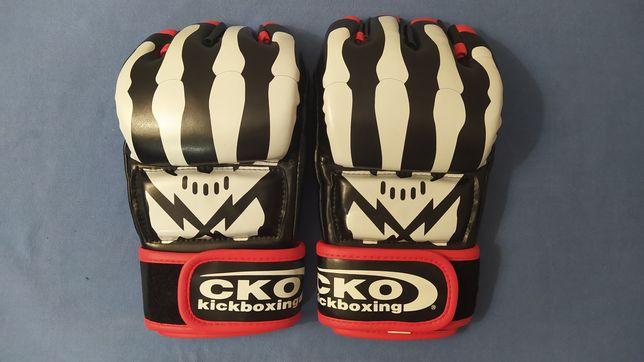 Перчатки для кикбоксинга CKO kickboxing оригинал из США размер М