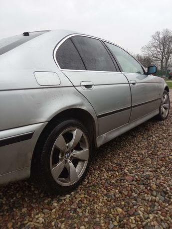 BMW e39 525tds koła, lampy, fotele skóra, szyba