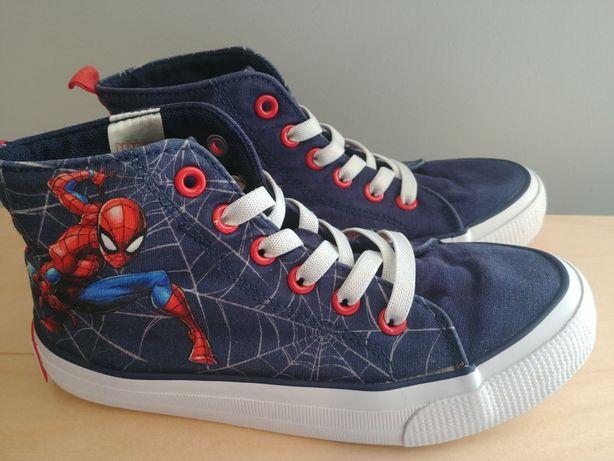 H&M 33 tenisowki marvel spiderman 20cm