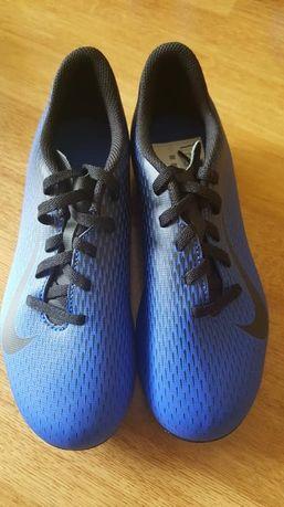 Nowe oryginalne korki Nike Bravatia roz. 35