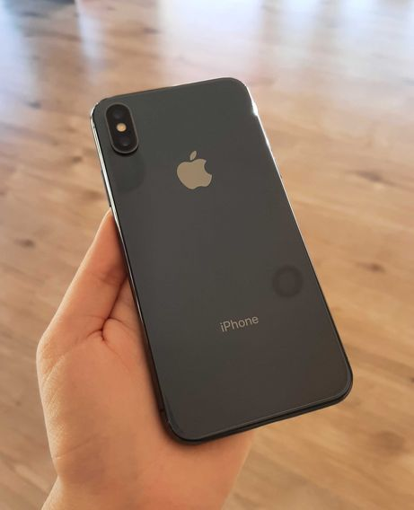 // iPhone X 64GB Space Gray - Grade A
