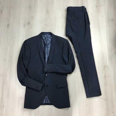 Костюм полушерстяной приталенный пиджак/зауженные брюки Ventuno21