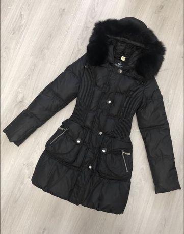 Женский зимний чёрный пуховик