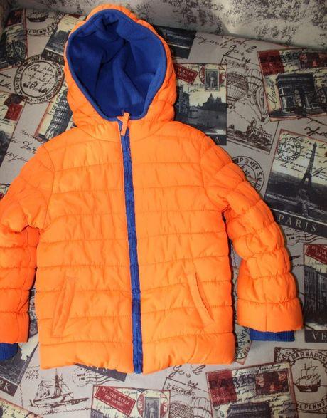 Куртка на 4-5 лет демисезонная яркая оранжевая