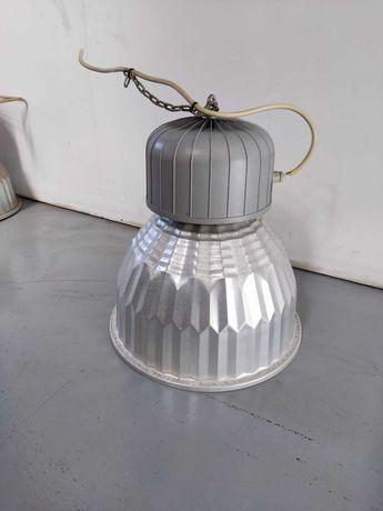 12 candeeiros industriais de armazém com lâmpadas