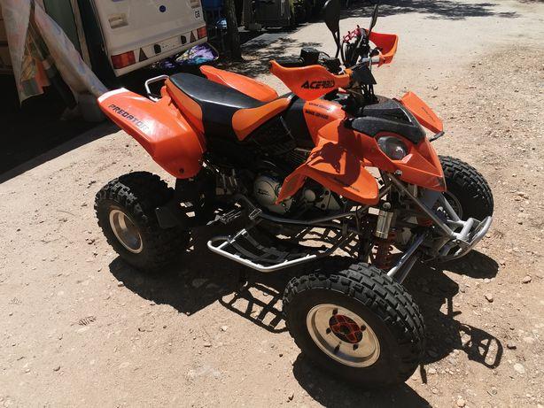 Moto 4  zeta  350 cilindrada
