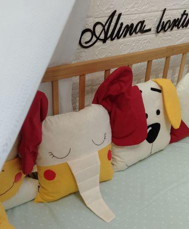 Защита в кроватку. Бортики игрушки