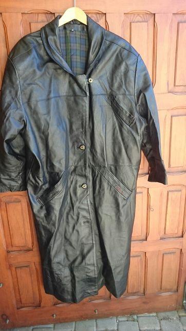 Bardzo duży płaszcz skórzany czarny