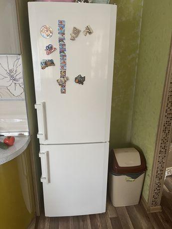 Холодильник Liebhher