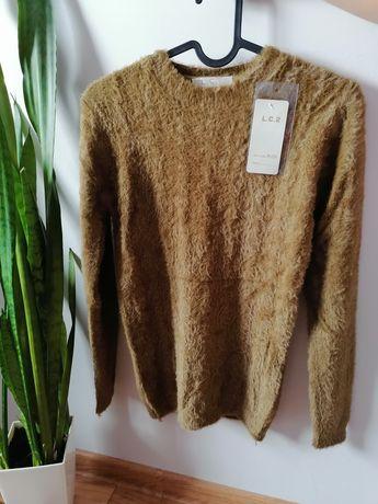 Nowy sweterek wzór Alpaka na jesień ciepły i przyjemny w dotyku S/M