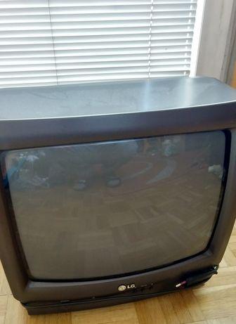 Telewizor mały 14 cali