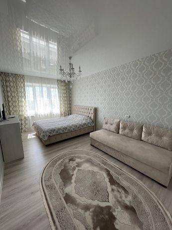 Однокомнатная квартира,студия Покровск, м- н Лазурный