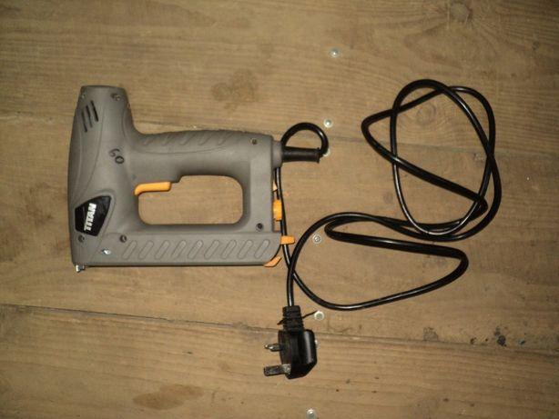 степлер Titan TTB515STP 15мм электрический из Англии стэплер