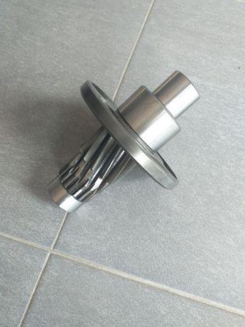Wałek ze sprzęgłem zapadkowym Kemper 4500 (lewy duży rotor) LCA 67386