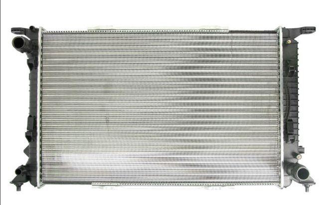Радиатор охлаждения основной Audi A4 B8 A6 C7 A5 A7 Ауди А6 А4 Наличие