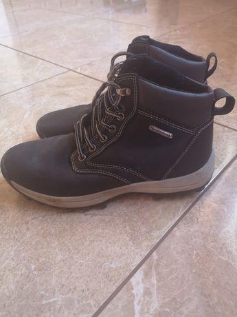 Chłopięce buty zimowe