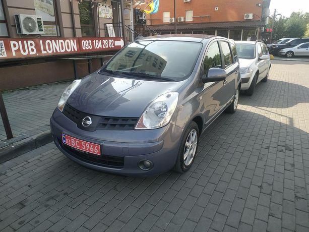 Nissan noyt 2008г 1,5дизель