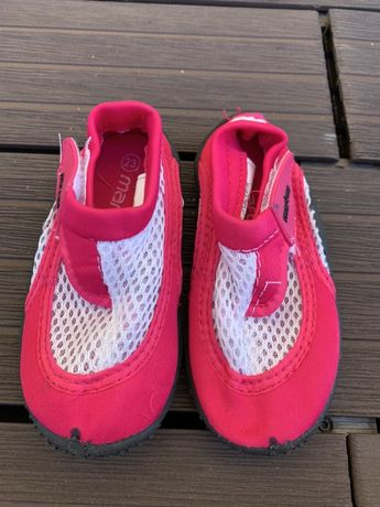 Buty buciki do pływania na kamyczki r.23 martes