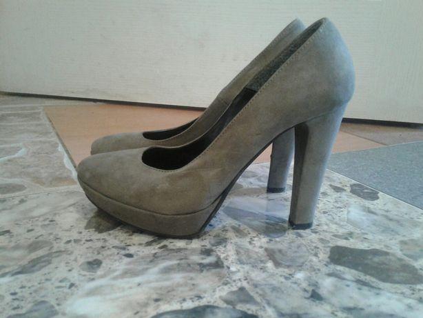 Продам недорого качественную обувь