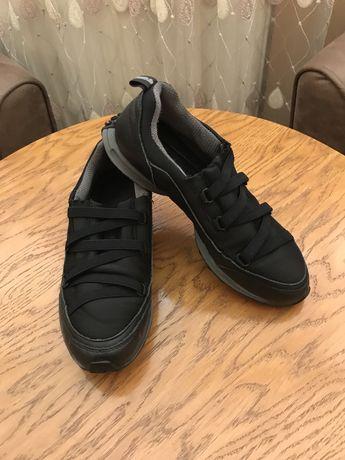 Кожаные мокасины, туфли, кроссовки. DKNY. Donna Karan. Оригинал.