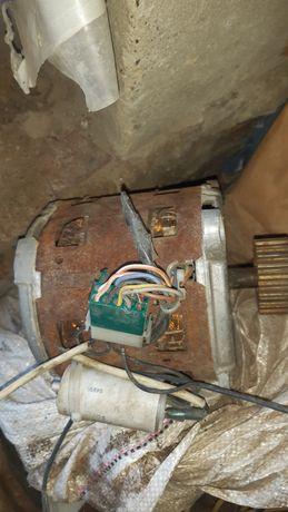 Двигатель от стиралиной машины