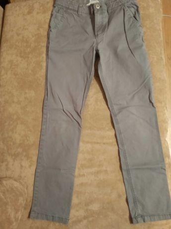 Штаны на подростка H&M, размер 158, 97% хлопок, 3% эластин.