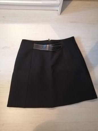 Czarna elegancka spódnica Reserved rozmiar L