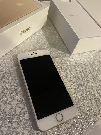 iPhone 7 32 GB GOLD stan idealny