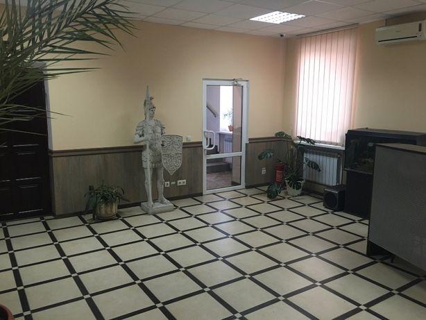 Продам офисное отдельно стоящие здание S= 370м2 с ремонтом