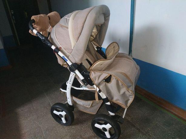 Продаётся коляска-трансформер Adamex Young