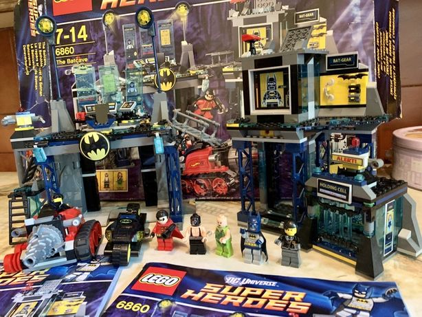 Конструктор LEGO Super Heroes Пещера Бэтмена (6860)