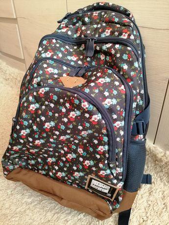 Młodzieżowy plecak szkolny oryginalny Head