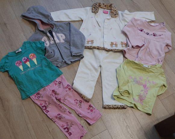 Вещи на девочку, недорого.Костюм, штаны, пайта , 1-2 года, по 30 руб.